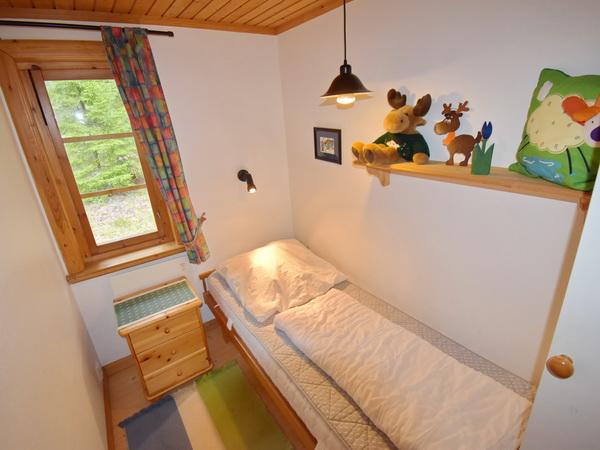Schlafzimmer 2 (mit Einzelbett)