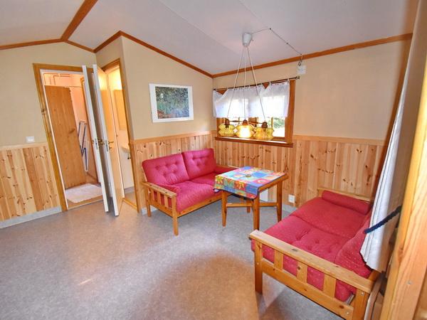 Blick ins Gästehaus für 1-2 Personen (mit WC, Dusche und Sauna!)
