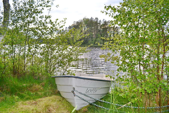 "das hauseigene Ruderboot ""Lotta"""