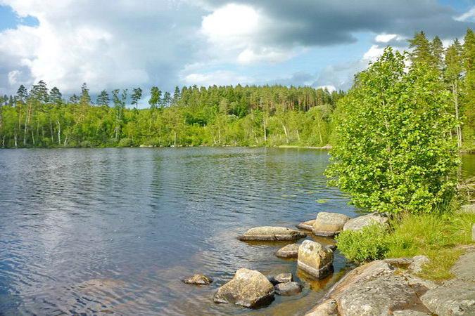 der große See bietet beste Bade- und Angelbedingungen