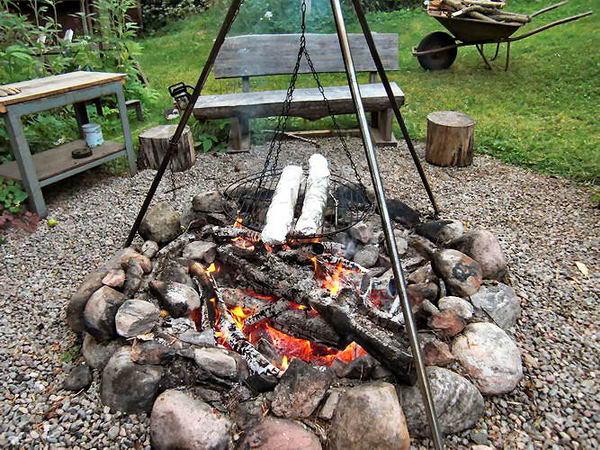 Am Grillplatz können Sie herrliche Stunden verbringen und den selbstgefangenen Fisch zubereiten!