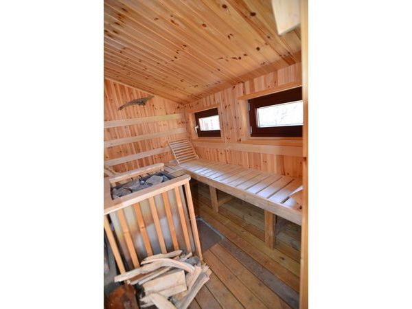 Sauna mit Holzofen