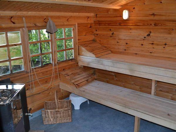 Sauna (holzbefeuert)