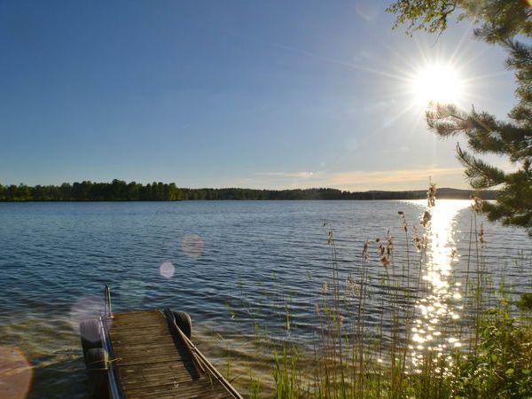 Der See ist auch ein gutes Angelgewässer! (Wochenkarte: 250 SEK)