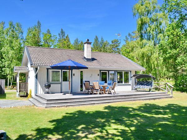 ferienh user in schweden schwedenhaus vermittlung villa dragsk r. Black Bedroom Furniture Sets. Home Design Ideas