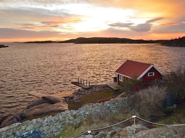 Abendstimmung am Meer (Fischerhaus gehört nicht dazu)