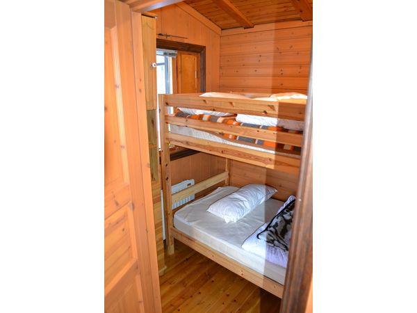 Schlafzimmer 2 mit Etagenbett, großes Haus