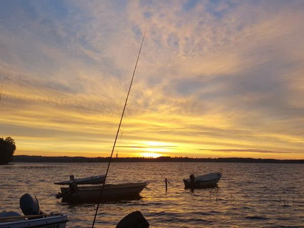 Sonnenaufgang am See