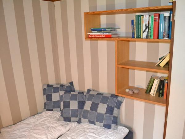 Schlafzimmer mit Schlafsofa (für 2 Personen)