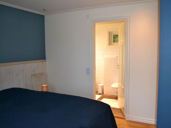 """Schlafzimmer 1 mit Badezimmer """"en suite"""""""