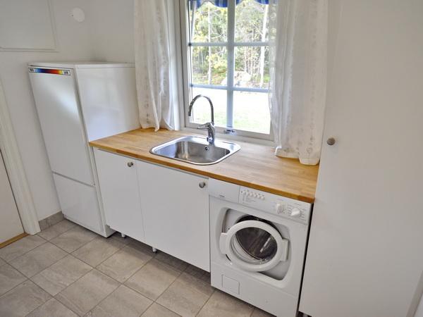Waschraum mit Waschmaschine