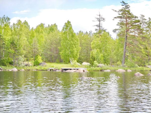 eigene Boots- und Badestelle am See (4,5 km vom Haus)