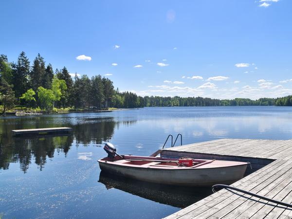 eigener Boots- und Badesteg!