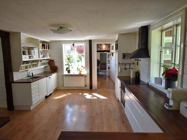die große, offene Wohnküche