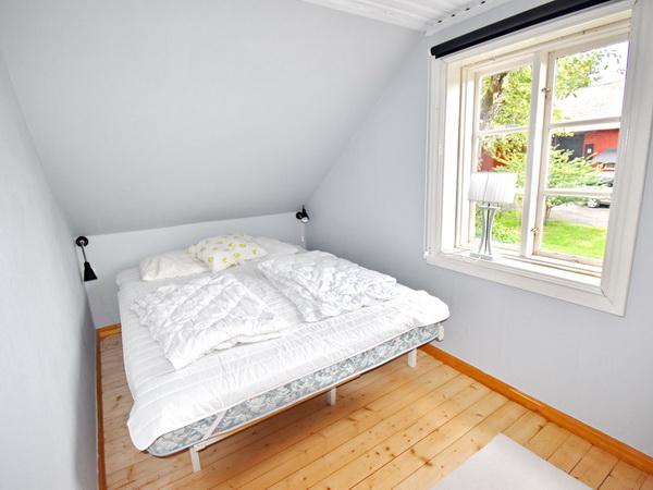 Schlafzimmer 1 (offener Übergang zum Flur)