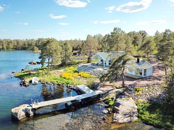 """""""Villa Vånevik"""" - Traumlage, direkt an der Ostsee!"""