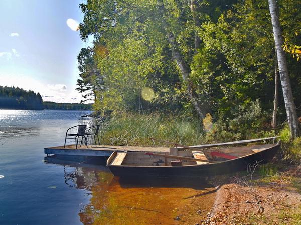 kinderfreundlicher Natur-Badeplatz und hauseigenes Boot (E-Motor inklusive!)
