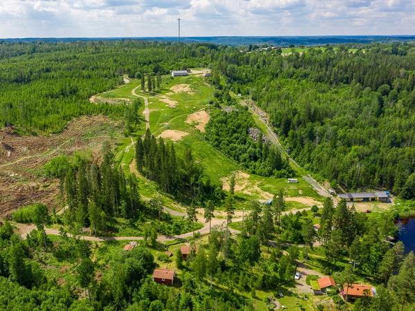 Direkt vor der Haustür liegt die Ski- und Mountainbike-Anlage