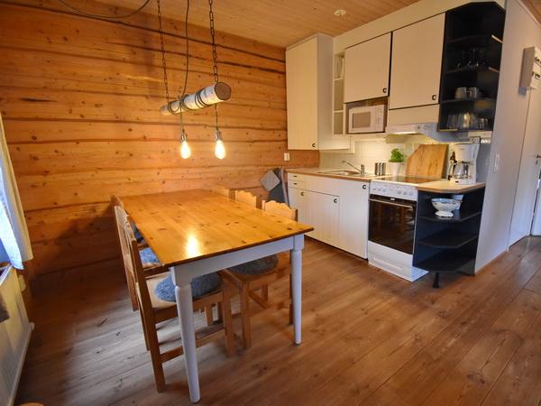 Essplatz und Küche