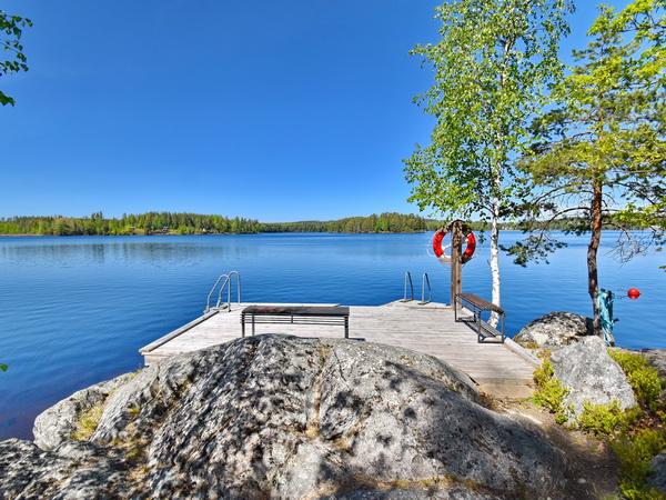 Boots- und Badesteg am See (100m vom Haus)