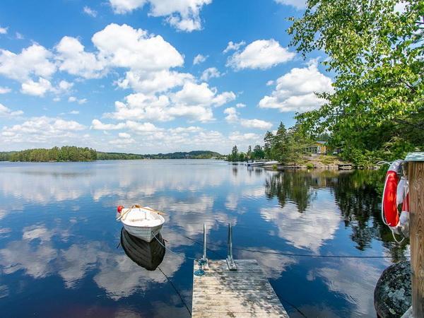 Am See steht Ihnen ein hauseigenes Ruderboot zur Verfügung!