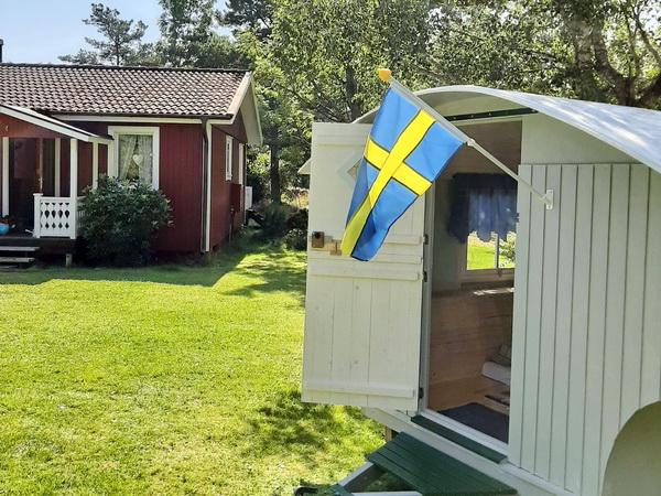 Tiny-House auf dem Grundstück