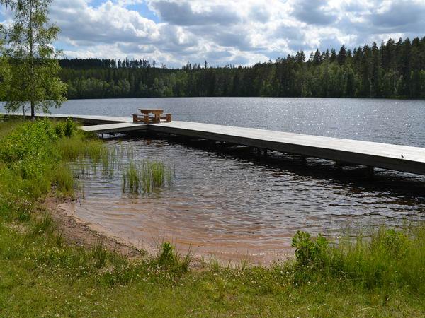 Badestrand und Badesteg am See (Gemeinschaftsanlage)